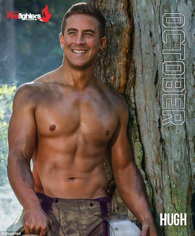 澳洲消防員推出「猛男月曆」大秀火辣肌肉,「裸體擁抱小動物」溫馨畫面讓人子宮爆炸!(12張)