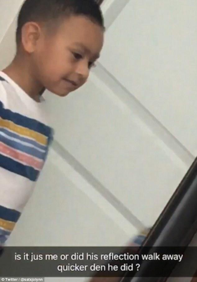 超毛!小男孩對鏡子做鬼臉 媽媽驚見鏡中影像「動作比本人快」