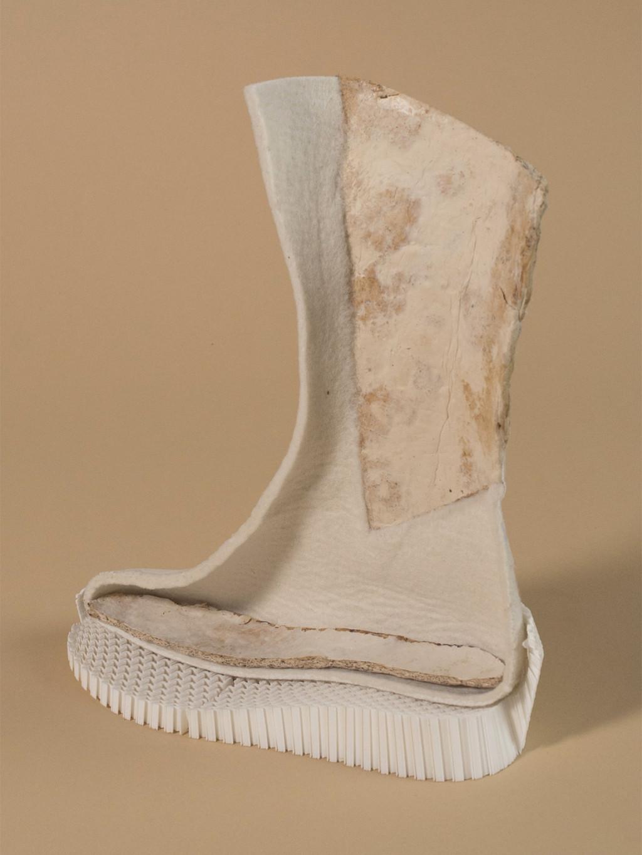 「防輻射火星靴」只需要真菌孢子+腳汗!一雙可連續奔馳7個月 根本香港腳的福音?!