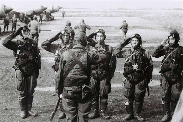 中國軍上戰場頑強到嚇人!日本53軍瞄到「茶杯刻關鍵4字」大嘆:難怪我們會撤退