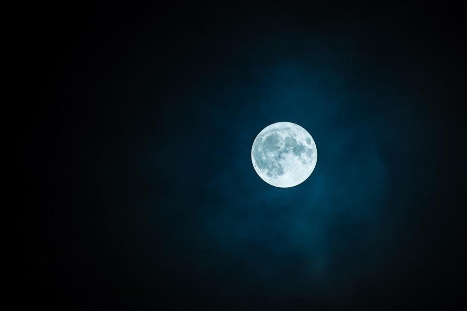 14個讓你「驚嚇到像重新認識世界」的可怕事實 月球的味道...臭到讓你會吐!