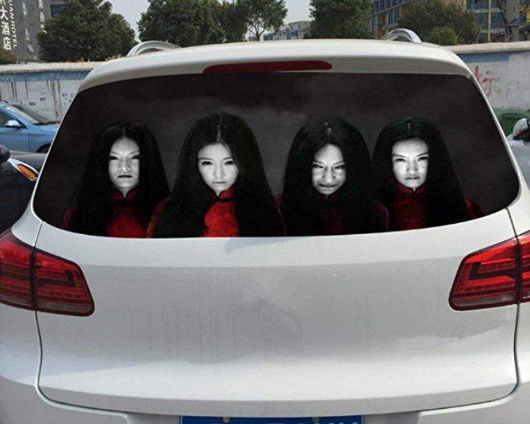 中國推「三寶絕對不敢放肆」的防撞汽車貼 網友嚇傻:看到肯定會翻車...