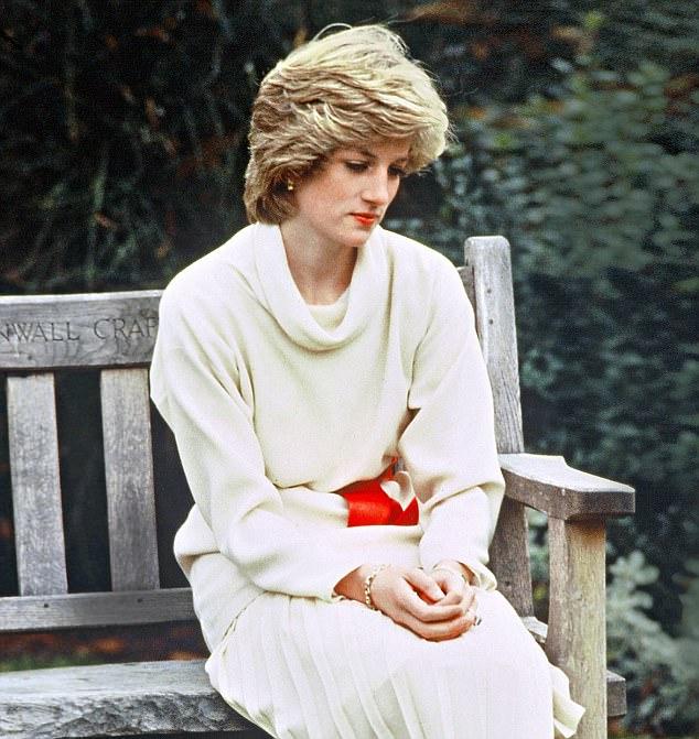 好友爆料黛安娜曾「故意懷孕自摔」只為吸引老公注意 她心碎坦承:我想讓他聽我說話...
