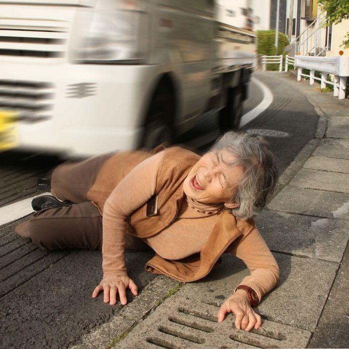 日本堅持搞笑「89歲網美」大爆紅 阿嬤無禁忌「惡整自己」吸20萬鐵粉!