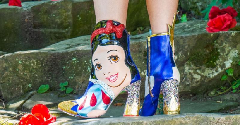 東京迪士尼X英國潮鞋推出「史上最獵奇系列鞋」 連粉絲也傻眼:這時尚感太衝擊