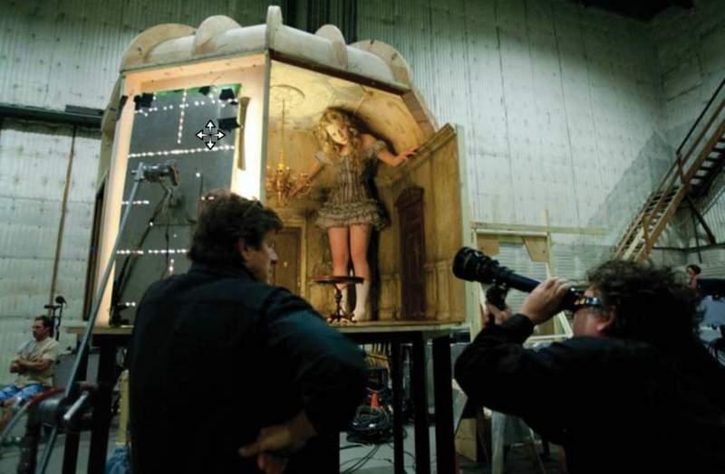 17個「比你想像中更崩壞」的爆笑電影幕後照 《金剛》主角大猩猩的「原型」竟是這樣!