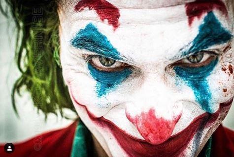 瓦昆菲尼克斯《小丑》妝超講究 化妝師爆料「臉不對稱」的原因:瘋掉只是遲早!
