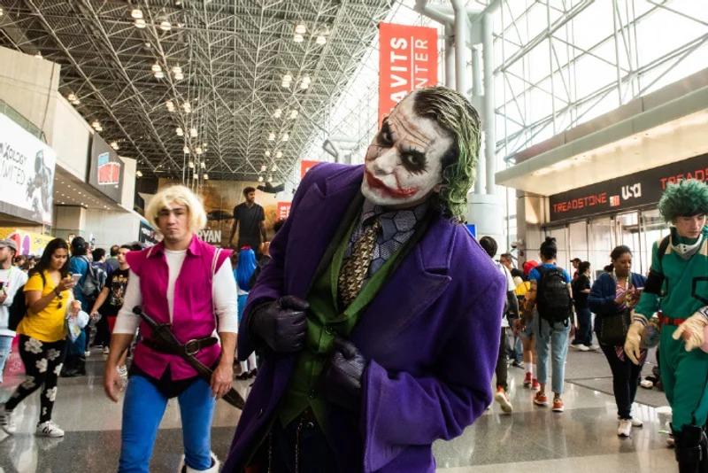英雄大集合!紐約動漫展「歷年小丑」全都集合 神力女超人美到不科學❤