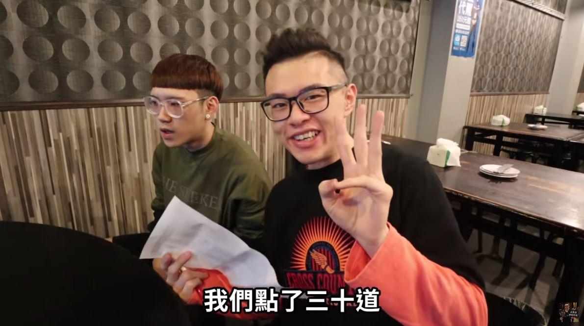 大胃王挑戰吃熱炒「要花多少錢」才會飽 他們「狂點30道菜」拿到帳單爽翻!