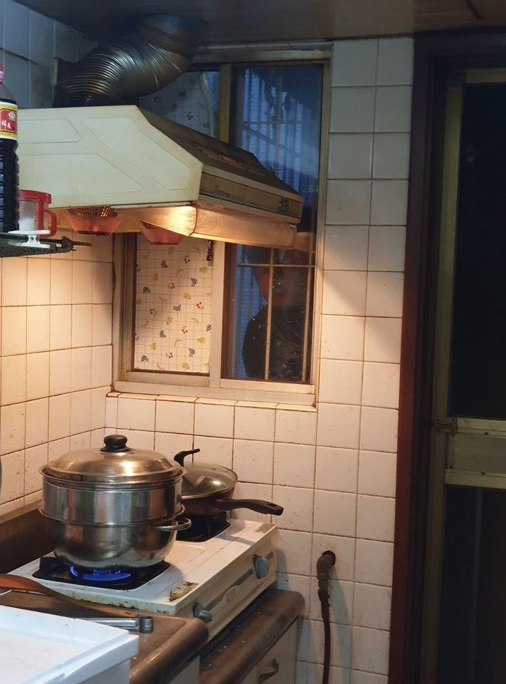網分享「讓人嚇破膽」恐怖錯覺系列照 油鍋裡的「小章魚」超像地獄!